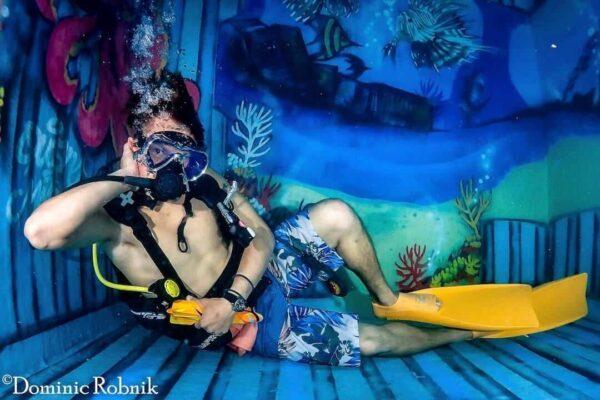 Schwimmbad Tauchgang SSI Open Water Diver Kurs Phuket