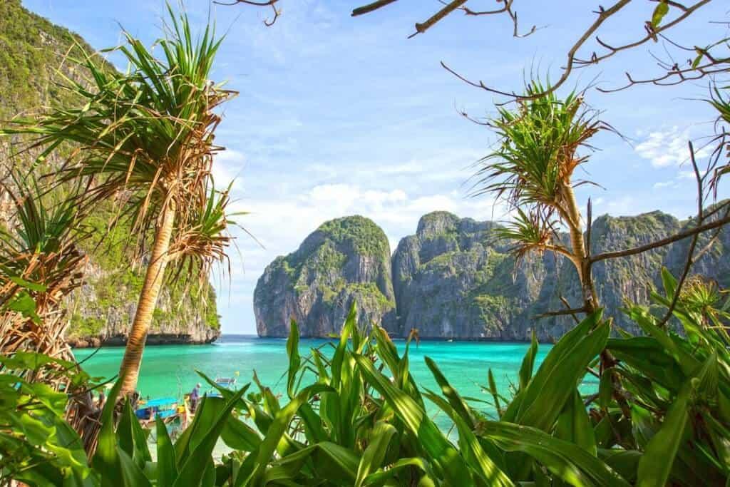Phi Phi Islands Boat Charter